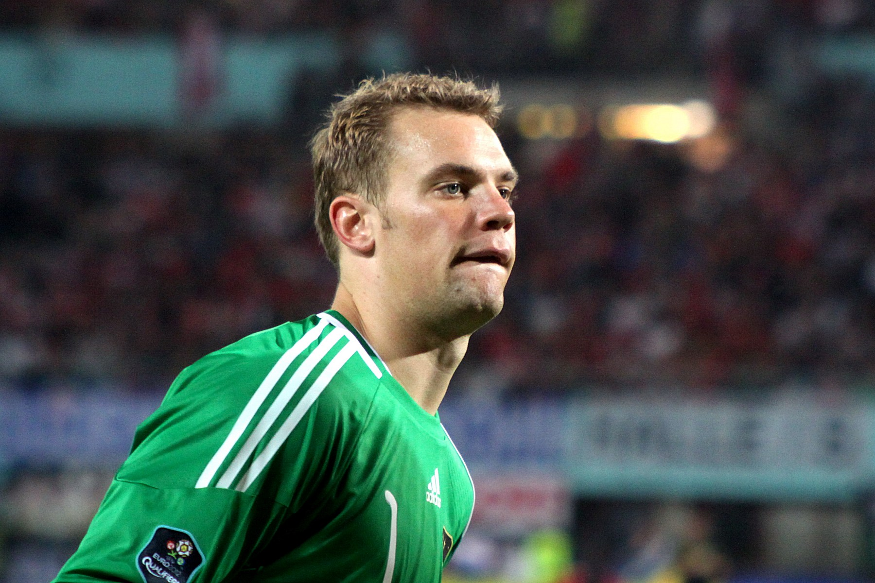 Manuel_Neuer,_Germany_national_football_team_(08)